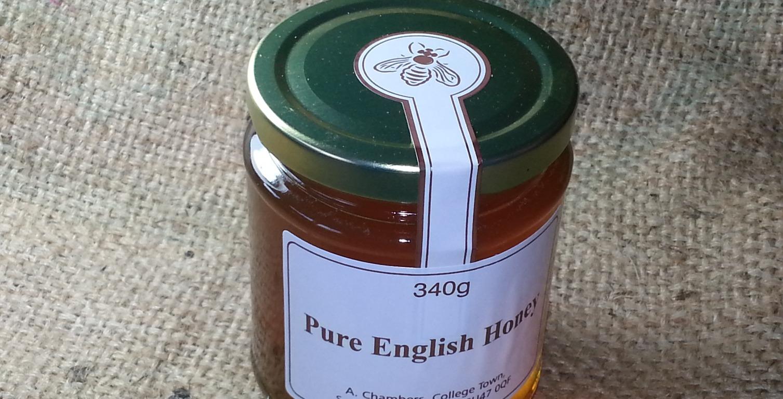 Raw cold-pressed honey